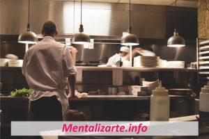 ¿Cómo Puedo Mejorar en mi Trabajo? (10 Aspectos)
